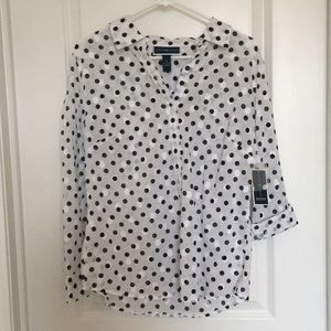 New with tags Karen Scott blouse
